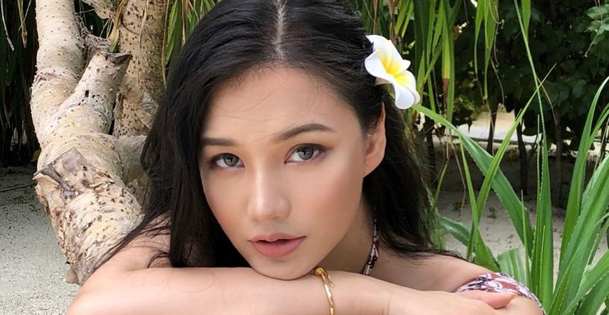 Why Are White Men Attracted To Asian Women So Much? TOP 5